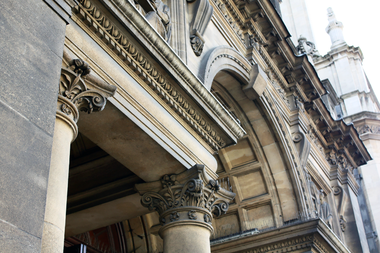 white-oxford-columns