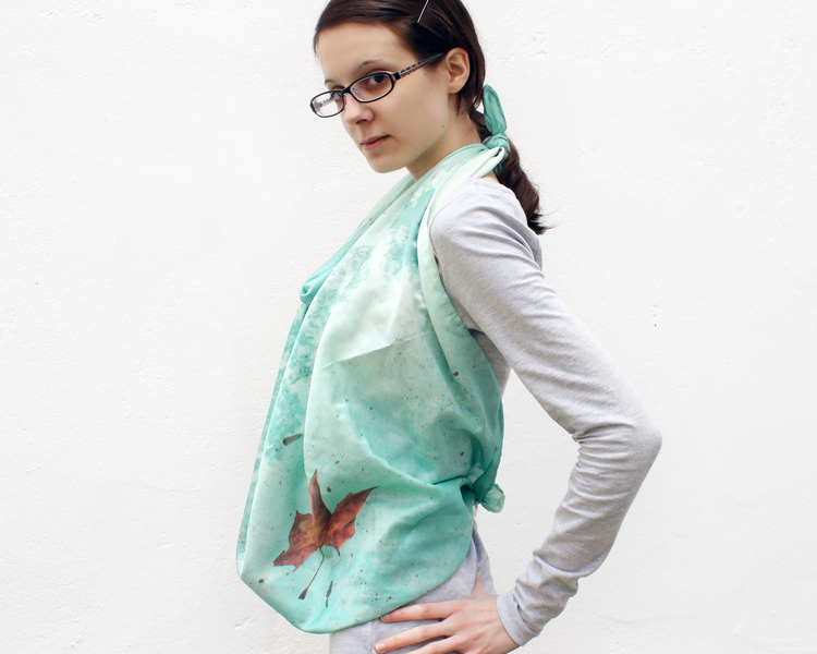 scarf-csilk-adrift-model-10