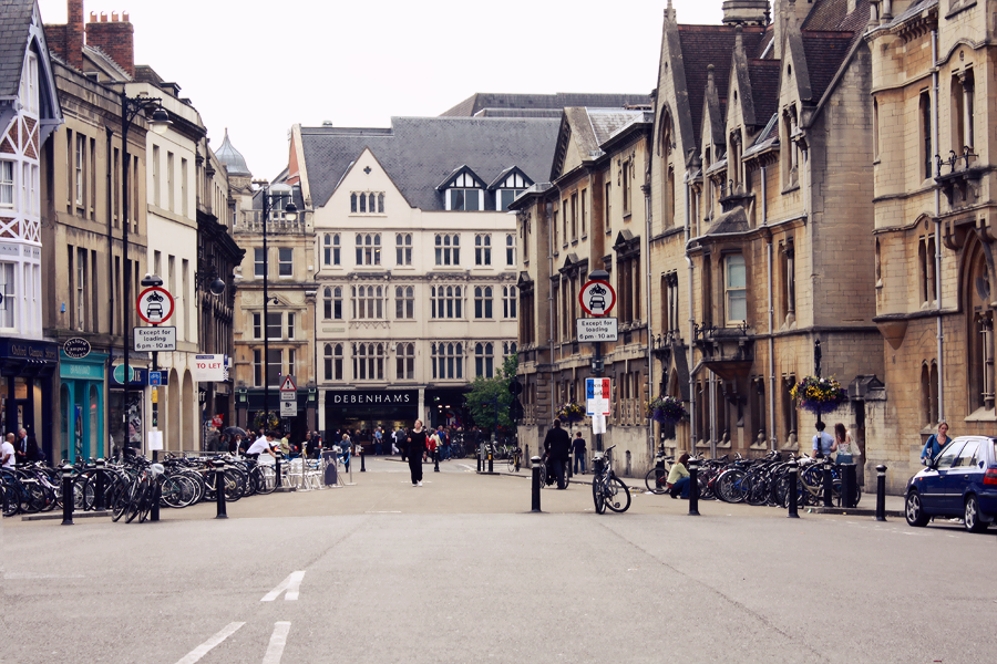 Broad St, Oxford © Lix Hewett
