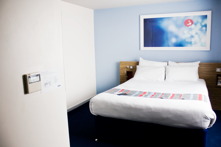 travelodge-room